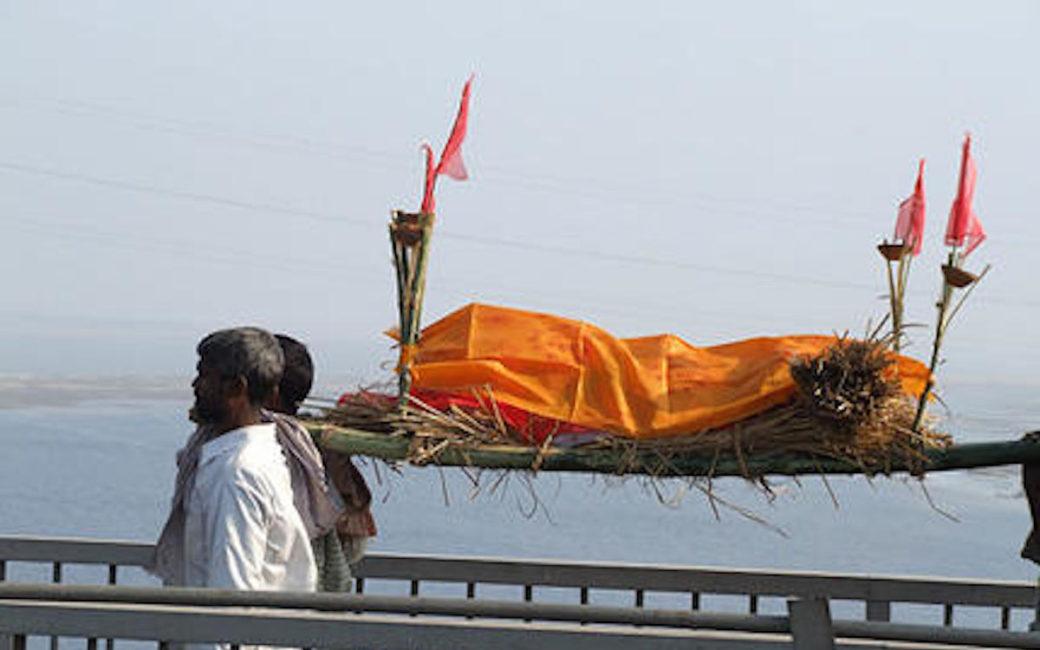 enterrement-hindous