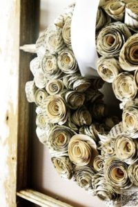 couronne fleurs papier