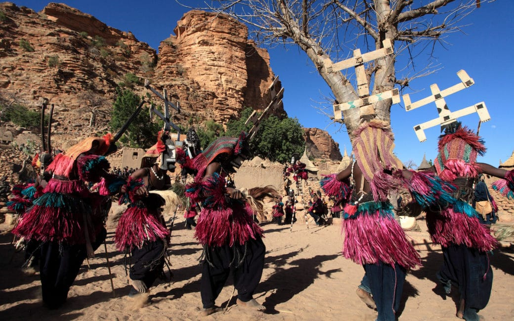 hommages-collectifs-pays Dogon