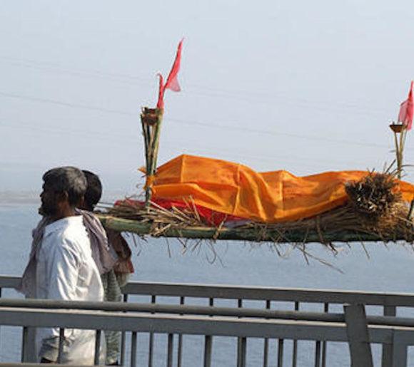 enterrement-hindouiste