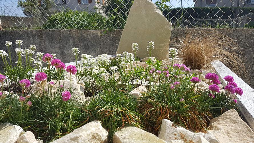 Les Jardins Funeraires monuments personnalises