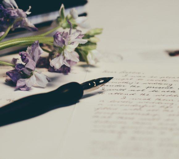 Message de condoléances à écrire pour accompagner des fleurs d'enterrement