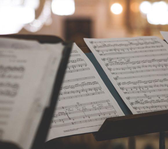 Partition de musique pour un enterrement à l'église